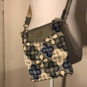 Handbags - Authentic Coach Crossbody Purse
